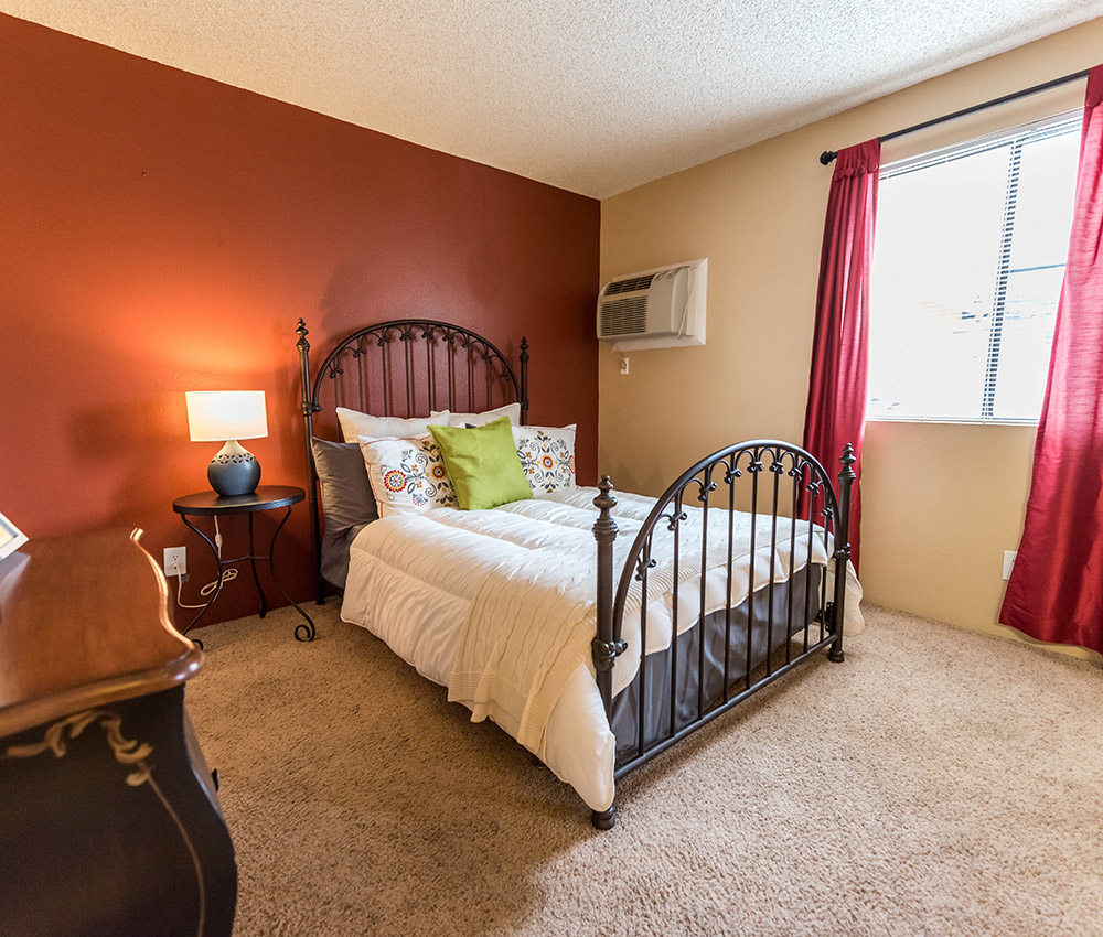 Apartments In Utah: Photos Of The Redwood Apartments In West Valley City, UT